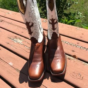 Tony Lama cross leather boots 10B